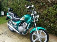 Hyosung 125cc cruiser 11 months mot ready to ride
