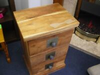 INDIAN STYLE 3-DRAWER CHEST OF DRAWERS