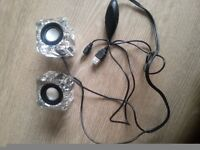 a pair of Mini -small speakers to sale