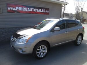 2011 Nissan Rogue SL - HEATED LEATHER - SUNROOF - NAVIGATION!!!