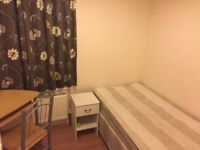 Spacious single room for a professional housemate in East Ham, £97pw