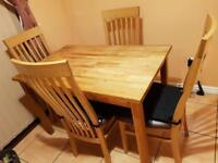 NATURAL OAK TABLE & 4x CHAIRS EXCELLENT CONDITION