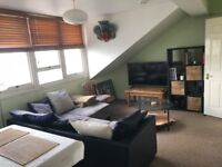 One bedroom top floor flat/ furnished/ zone 2/ close to tubes/ ideal for couple/ bright/ quiet