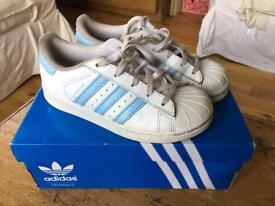 Adidas Superstar - (Junior size 1)