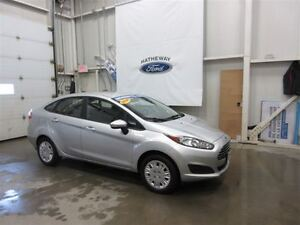2014 Ford Fiesta S+ 4 WINTER TIRES