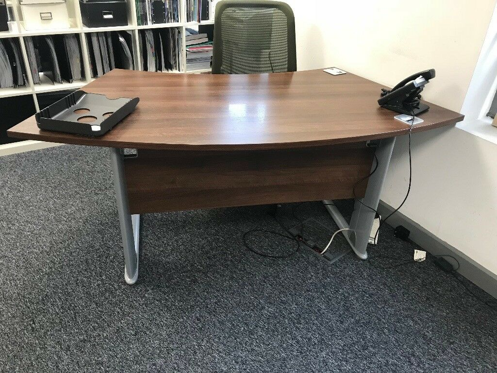 Mahogany Look Office Desk Excellent Condition BS1