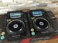 2x Pioneer CDJ 2000 NXS2 Professional DJ Decks + Deck Savers