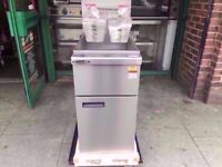 TWIN TANK CHIPS NEW GAS FRYER COMMERCIAL MACHINE CATERING TAKEAWAY CAFE SHOP PUB FISH BAR DINER