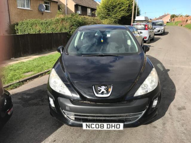 Peugeot 308 1 4 08 reg  needs attention | in Wyke, West Yorkshire | Gumtree