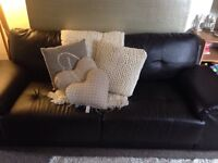 AS NEW BROWN LEATHER SETTEE 3&2 SEATER