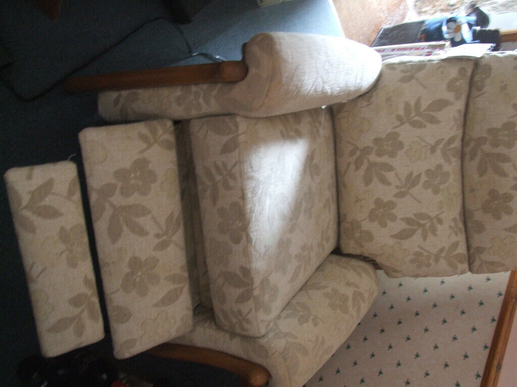 CINTIQUE RICHMOND ELECTRIC RECLINING CHAIR | in Hayle, Cornwall | Gumtree