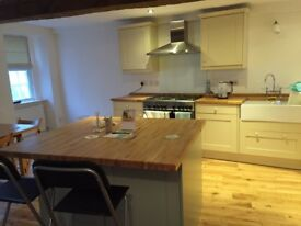 Large room to rent in townhouse in central Ludlow