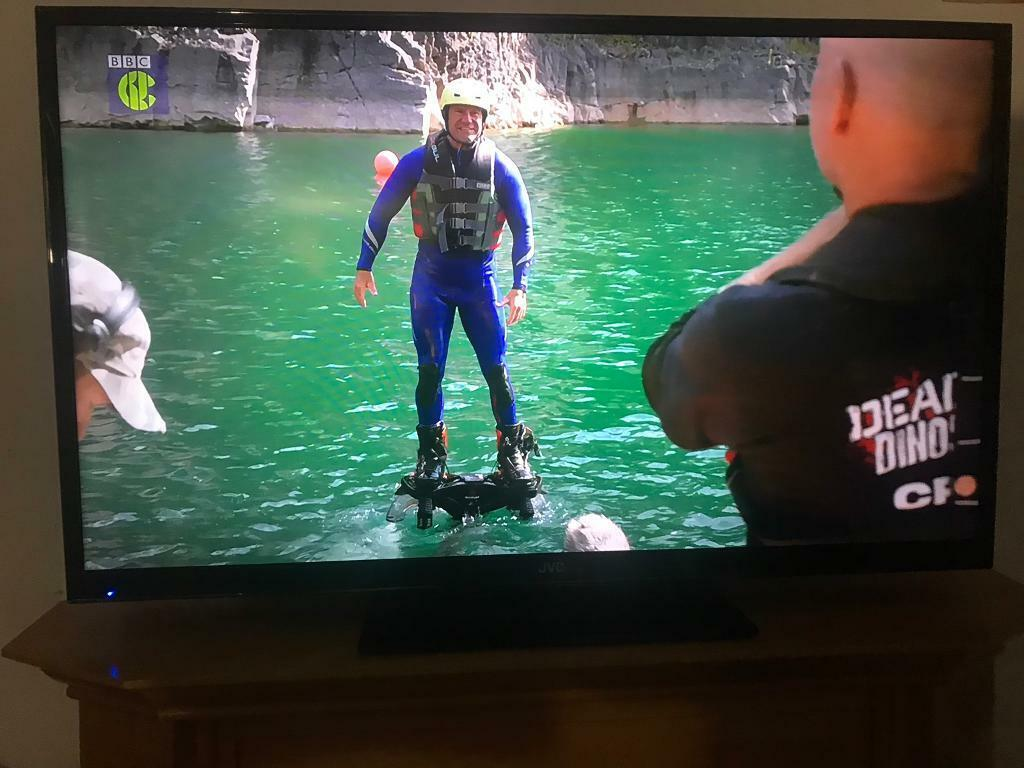 """51""""led super thin full hd jvc tv with hd freeview and recorder built in usb  multi media player hdmi   in Worsley, Manchester   Gumtree"""