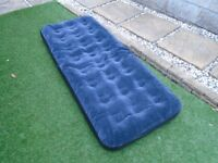 Inflatable single bed