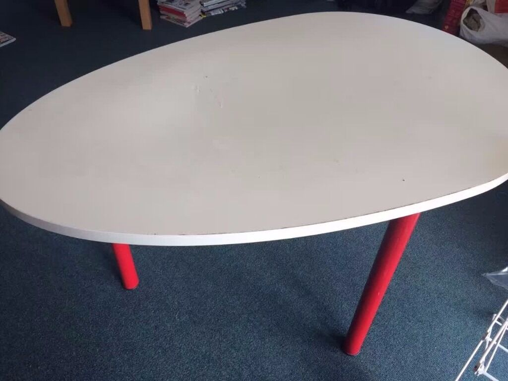 IKEA white egg-shaped desk or dining table