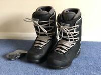 'Thirty Two' snowboard boots (UK 11 / EU 46)