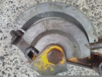 Plumbers pipe bending tool
