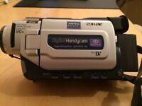 SONY DIGITAL HANDYCAM DCR-TRV17E VIDEO- PRE USED & IN EXCELLENT CONDITION