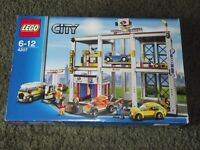 NEW + SEALED LARGE RARE LEGO CITY GARAGE SET 4207