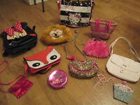 VARIOUS GIRLS BAGS / JEWELLERY / ACCESSORIES - FROM 50P - £2.00 PER ITEM