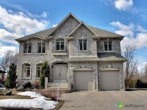 829 000$ - Maison 2 étages à vendre à Mont-St-Hilaire
