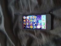 Iphone 5 32gb, unlocked, white, B condition