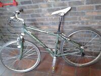 Men Women SCHWINN Lightweight Hybrid Front Suspension Mountain Bicycle 28 Inch Wheel GREAT CONDITION