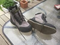 Orvis felt sole wading boots size 11