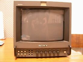 PROFESSIONAL VIDEO MONITOR HIGH DEFINATIONby SONY