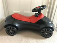 BMW ride on kids car very good condition