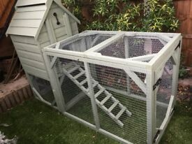 New unused raised Chicken coop for up to 6 hens.
