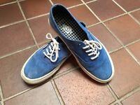 Vans suede look - blue - Men's US size 9