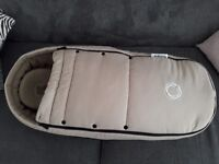 Bugaboo cocoon in sand in excellent condition