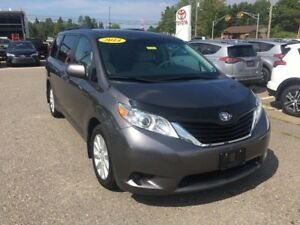 2014 Toyota Sienna LE AWD ONLY $227 BIWEEKLY WITH $0 DOWN!