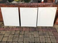Kitchen cupboard doors x3 600mm wide white