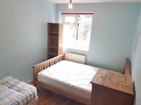 Bright Twin Room Share for 1 Female Avail Now