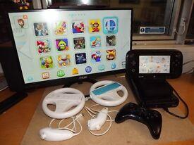 Nintendo WII U with 4 controllers and best games installed - Zelda BOTW, Mario kart, Pokken etc