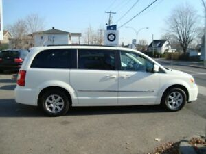 2012 Chrysler Town & Country EDITION TOURING