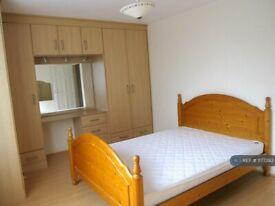 2 bedroom house in Ig11, London, Barking, IG11 (2 bed) (#1177393)