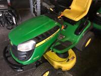 John Deere D130 Ride-on Mower