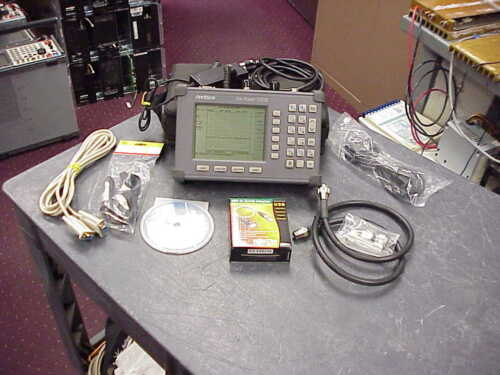 Anritsu Site Master S332B Cable Antenna / Spectrum Analyzer w/ Option 5