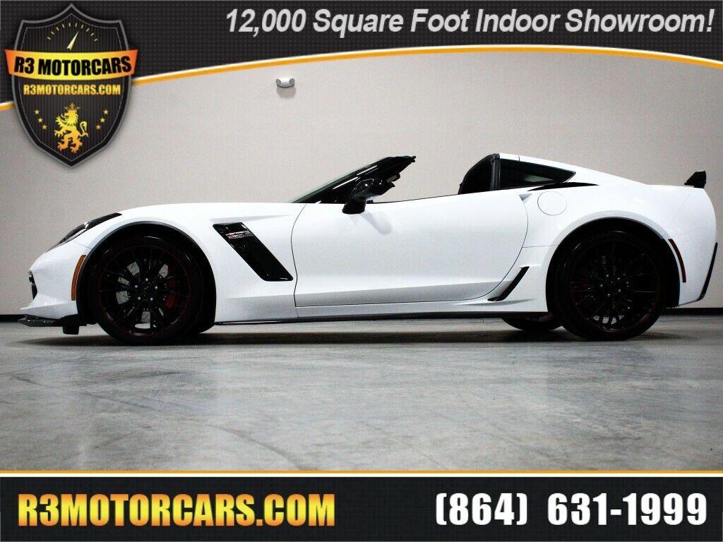2019 White Chevrolet Corvette   | C7 Corvette Photo 1
