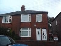 2 bedroom flat in Rothbury Terrace, Heaton