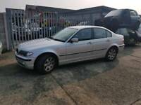 Bmw 320i 2004 silver breaking for parts