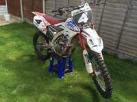 Yamaha YZ450f motocross bike 2014