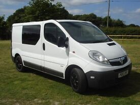 Vauxhall Vivaro 2013 2900 CDTi Ideal Camper Conversion, very good codition, one owner, FSH