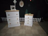 SOLID PINE FARMHOUSE TALL CHEST OF DRAWERS WITH 3 DRAWERS AND MATCHING BEDSIDE CABINET