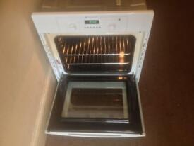Hotpoint SY36W Built-in Electric Oven