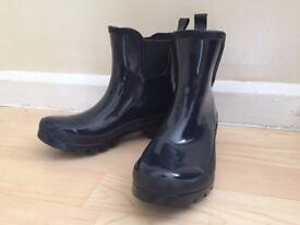 "BRAND NEW ""POLAR"" Women's Classic Chelsea Gloss Garden Festival Waterproof Welly Shoe Boots, size 4"
