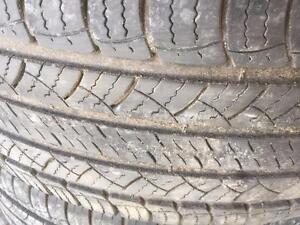 4 pneus d'été, Michelin, Latitude Tour, 255/60/19, 40% d'usure, mesure 6-7-8-9/32.